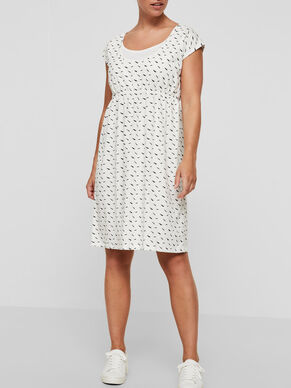 PATTERN DETAILED NURSING DRESS